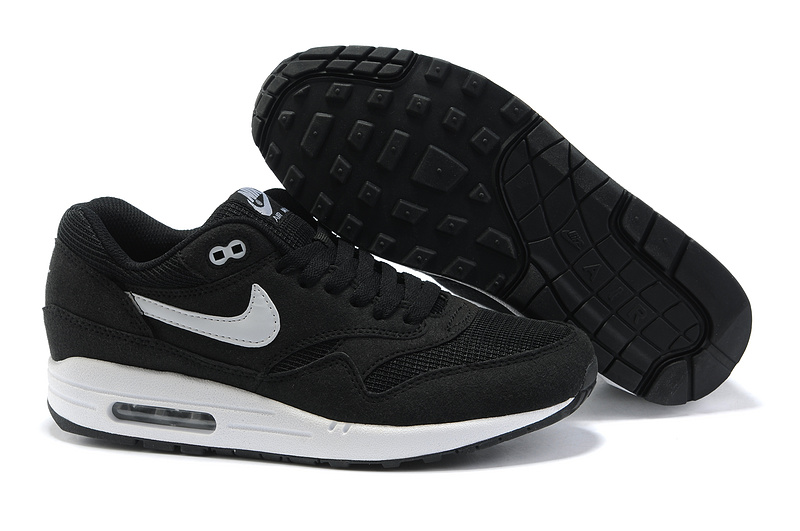 Outlet Clearance Men's Nike Air Max 1 Shoes Black White Cheap Shop